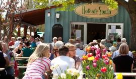 Hofcafé Späth: Genießen im Grünen
