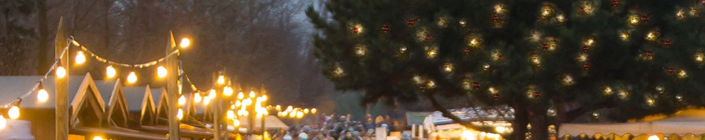 Weihnachtsmarkt wie aus dem Bilderbuch mit Weihnachtsmann und Weihnachtsengel, Musik, Märchen und mehr als 100 Ständen