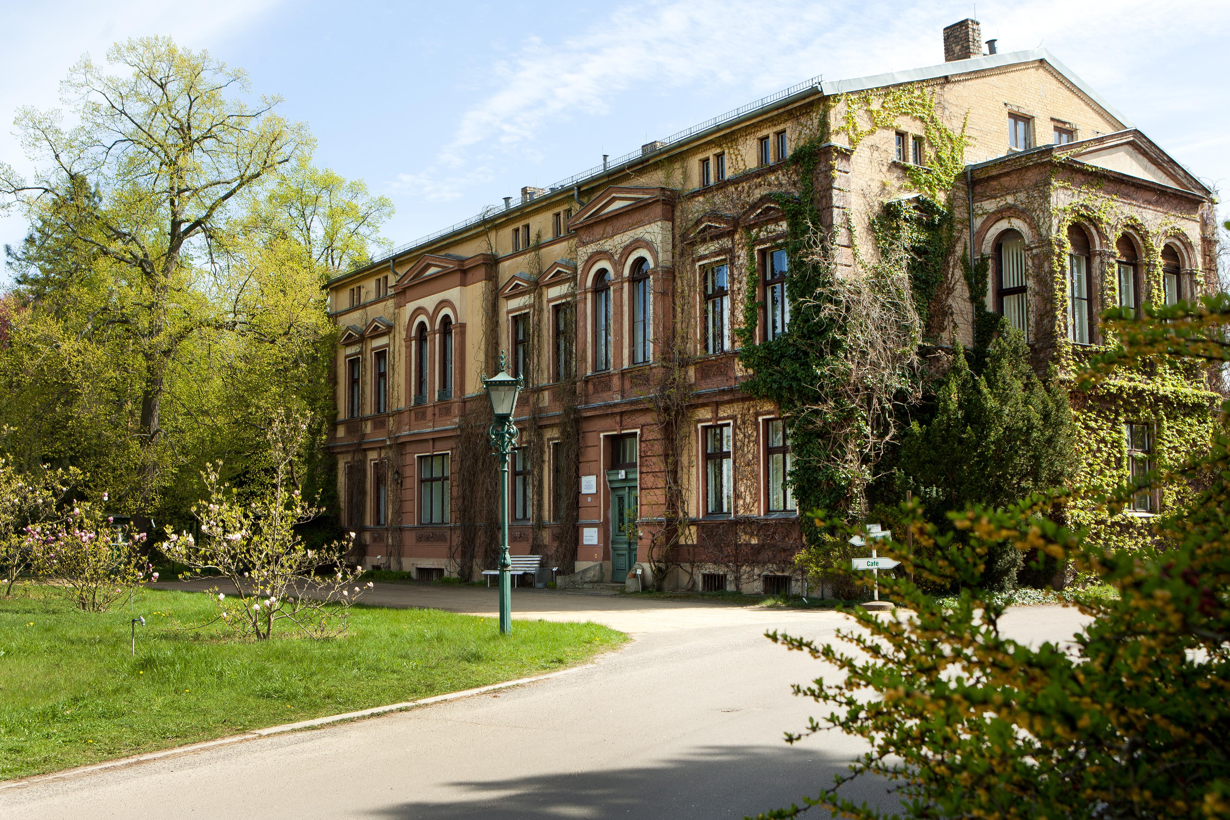 Späth'sche Baumschulen: Historisches Herrenhaus von 1874, 13,9 MB