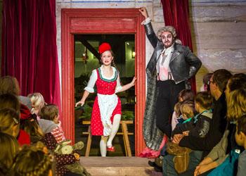 Monbijou-Theater: Rotkäppchen und der Wolf
