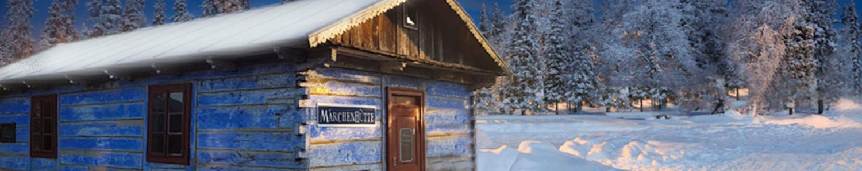 Märchenhütte in den Späthschen Baumschulen im Winterwald