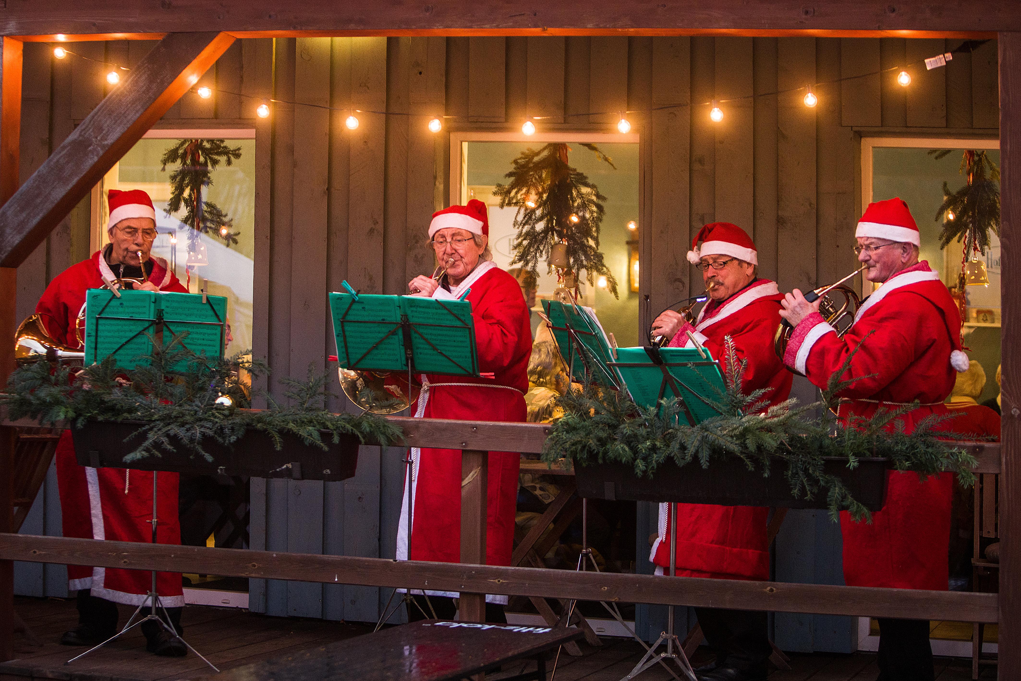 Weihnachtmann-Hornquartett