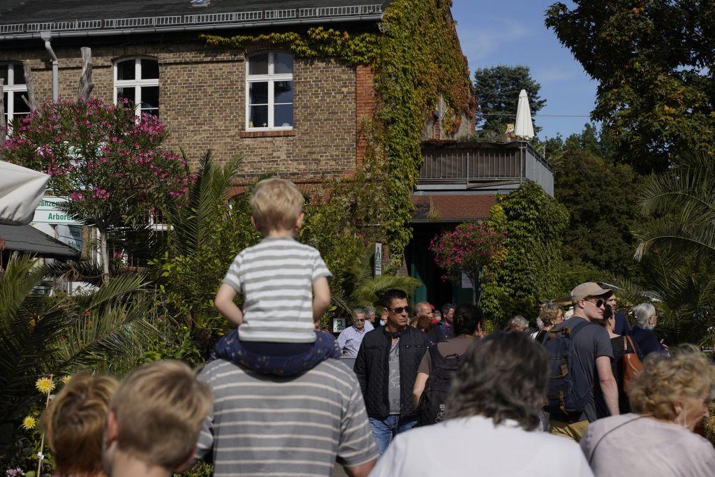 Pflanzen und Gäste in den Späth'schen Baumschulen